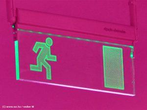 (c) www.scx.hu / walker M