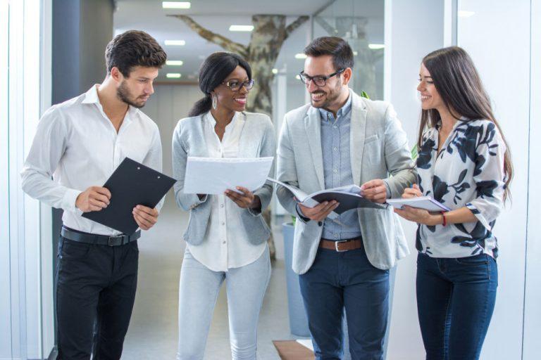 Die Fachkräftenachfrage nimmt weiter zu